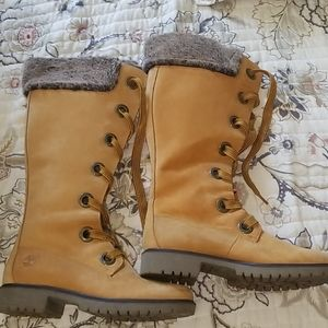 NWOT Timberland Tall Boot with Fur